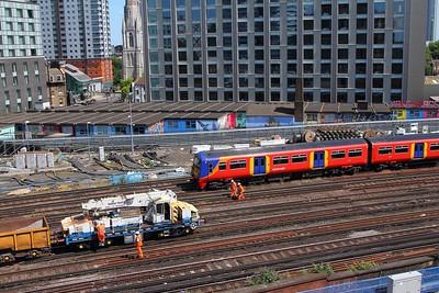 456014+456004+456017 on the 2J40 1406 Hampton Court to London Waterloo approaching London Waterloo on the 2nd July 2017