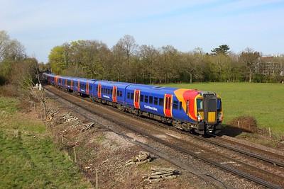 458526 leading 458507 on 2C49 1620  London Waterloo to Wokingham at Egham on 17 April 2021  Class458, SWR, WaterlooReadingLine