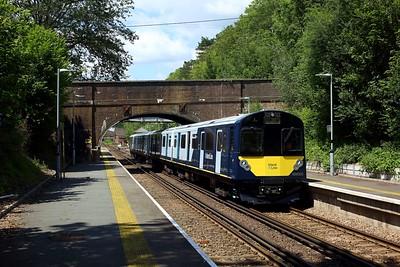 484003 leading 484002 on 5Q23 1243 Fareham to Fareham via Eastleigh South yard at Botley station on 14 July 2021 1  Class484, SWR, EastleighFarehamLine, 484Testing