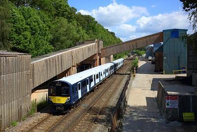 484002 and 484003 on 5Q25 1443 Fareham to Fareham via Eastleigh South yard at Botley on 14 July 2021  Class484, SWR, EastleighFarehamLine, 484Testing