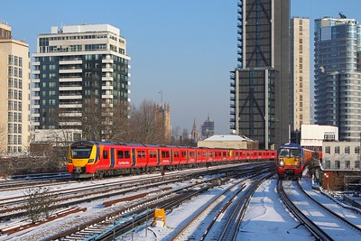 707020+707002 on the 2U17 0828 London Waterloo to Windsor & Eton Riverside at Vauxhall on the 28th February 2018