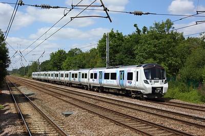 717011 working 2K86 1410 Welwyn Garden City to Moorgate at Welham Green on 17 July 2020  Class717, GN, ECMLSouth