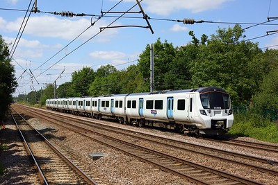 717018 working 2K88 1428 Welwyn Garden City to Moorgate at Welham Green on 17 July 2020  Class717, ECMLSouth, GN