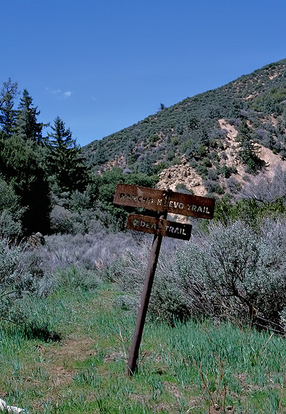 Junction, Rancho Nuevo trail and Deal trail, 06/1985. I have been told that his sign no longer exists.