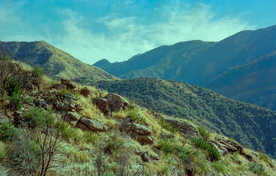 Heading toward Sespe Saddle on the Alder Creek trail, 12/1986.