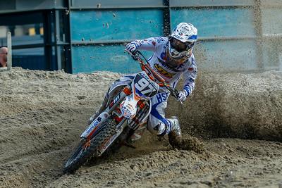 Engelen sees van der Vlist go to 1st