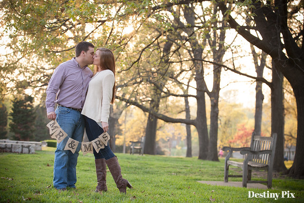 Miranda and Garrett's Engagement Pix