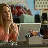 Laura Linney as Cathy in The Big C (Pilot) - Photo: Jordin Althaus/SHOWTIME - Photo ID: thebigc_100_2578