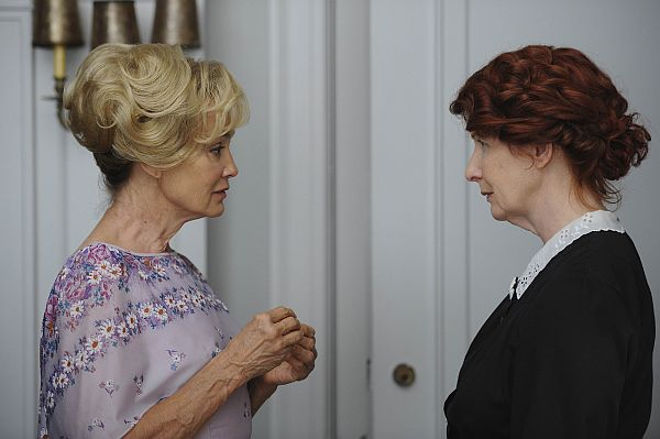 "In this image released by FX, Jessica Lange, left, and Frances Conroy are shown in a scene from the ""American Horror Story,"" premiering Wednesday, Oct. 5, 2011 at 10 p.m. EDT. (AP Photo/FX, Robert Zuckerman)"