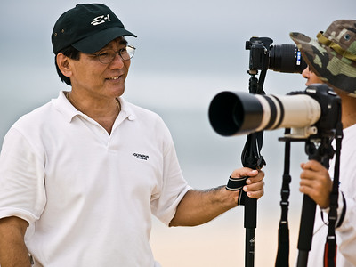 Thank you Lyle Awakuni, the Olympus REP for letting me shoot with the 300mm f2.8 and 35-100mm f2 lens, and Milton Hee for the great idea and taking us there.   Sorry Milton your Canon was just to big, and blocked your face :)   ....  Photographer: Ross Hamamura   www.RDHphoto.net