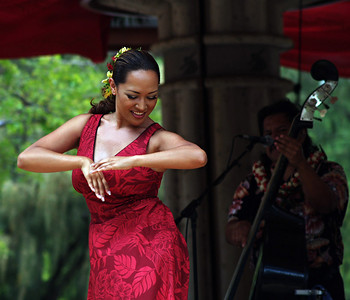 great band and great dancer. She is the daughter of one of the band members. ,  Photographer: Katherine Finch, web: http://finches.smugmug.com/