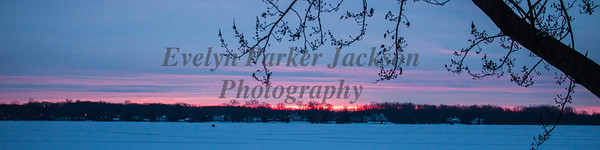 7 January 2018:  Sunrise on Lake Lansing