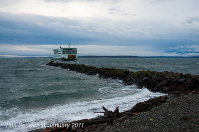 Port Townsend to Keystone ferry being pushed by following seas.