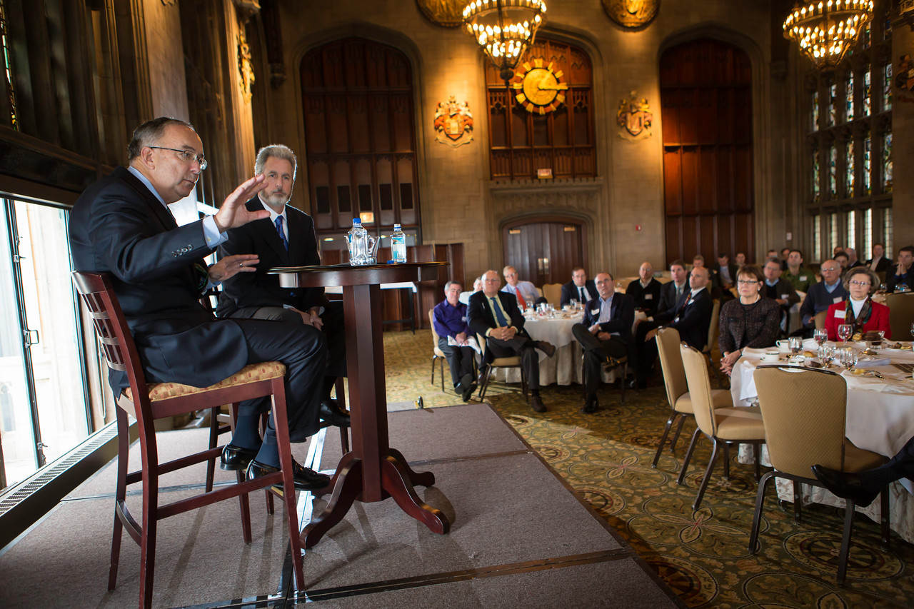 WGA Speakers forum with Sam Allen at the University Club in Chicago Illinois on Wed. Nov. 7, 2012<br /> © Charles Cherney Photography