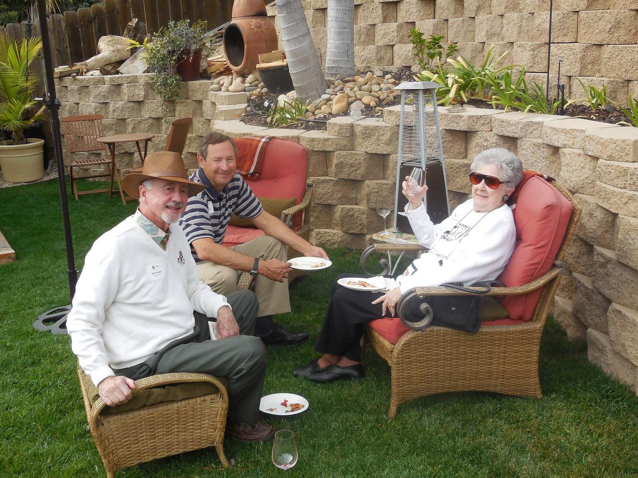 Stan Joosse (Mich. '61 ), Jerry Lucas (Purdue '72 ), and Laureli Joosse.