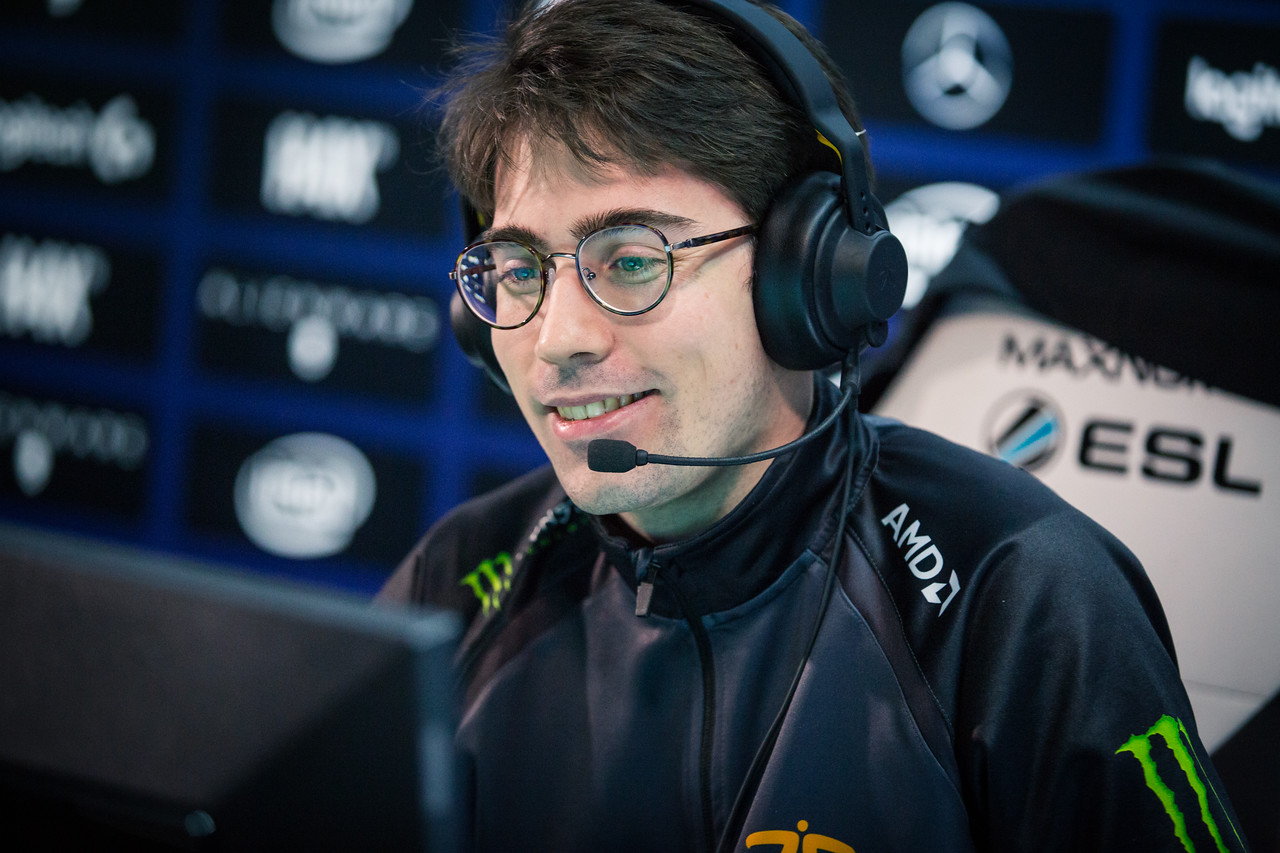 PIELIEDIE enjoys the competition during the group stages