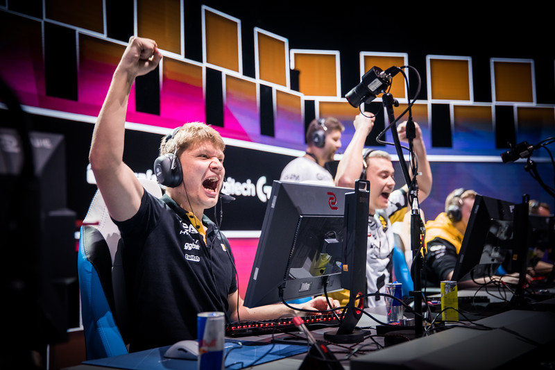 Navi S1mple celebrating a round win in the playoffs of ESL One Cologne 2017