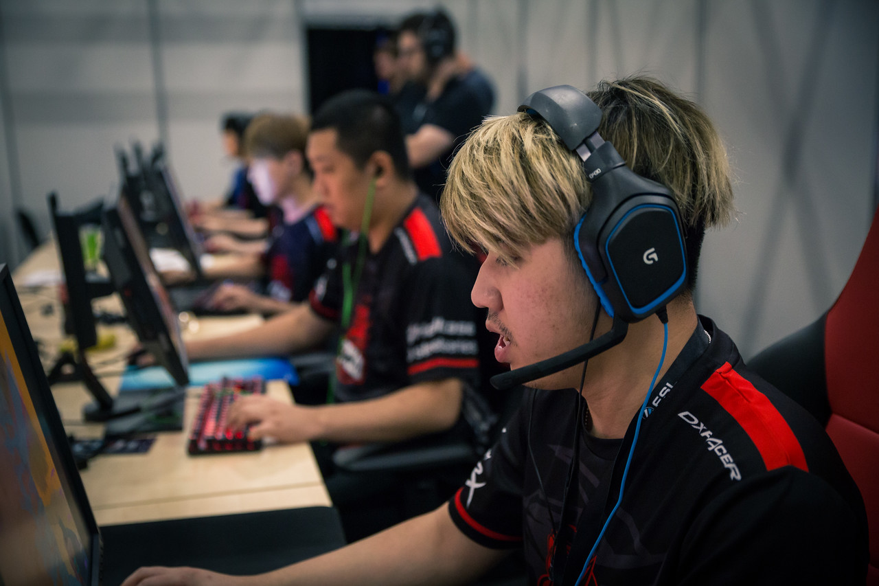 Tyloo DD playing at the ESL One Cologne 2017 group stage