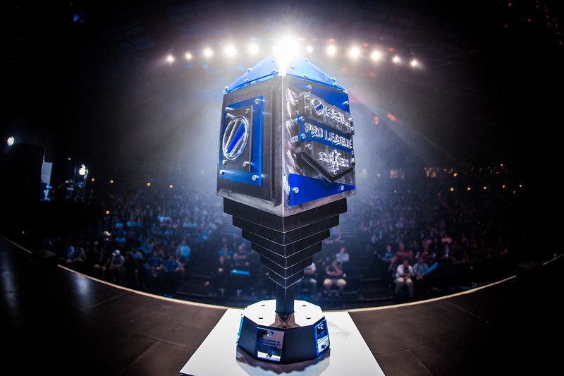 The trophy of the ESL Pro League Season 5 Finals