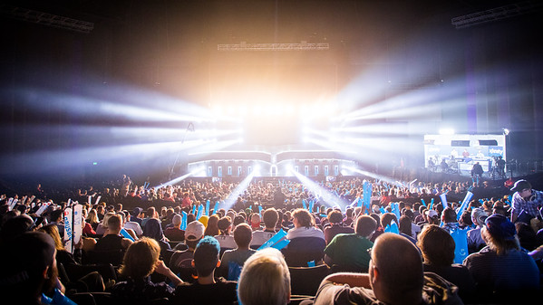 The  crowd during the semi finals of the ESL Pro League Season 5 Finals