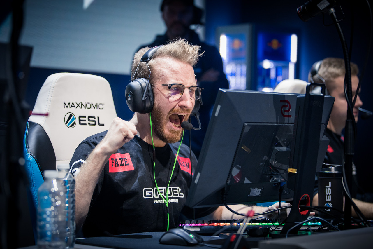 Faze's newest addition Olofmeister celebrates a round-win in the finals against SK gaming