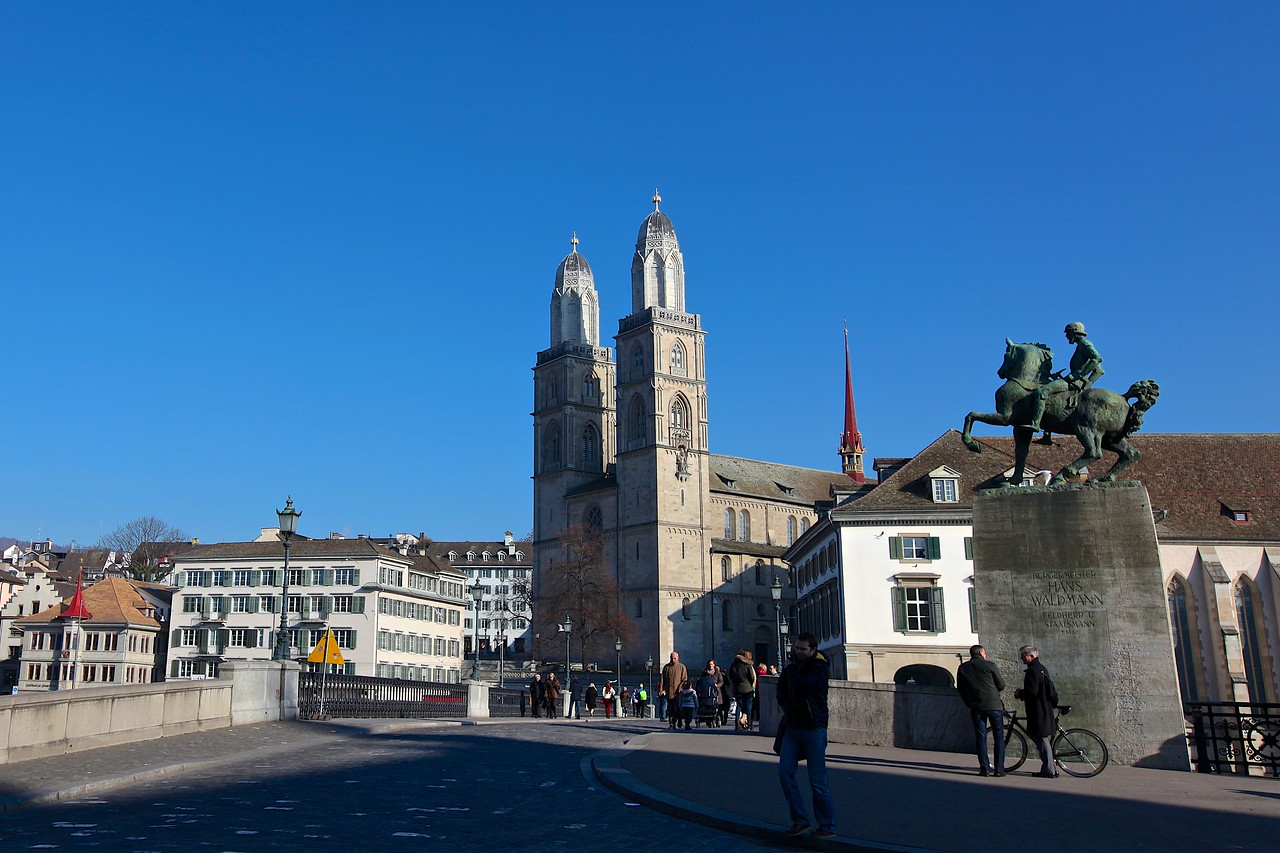 "The Grossmünster (""great minster"") is a Romanesque-style Protestant church in Zurich. It is one of the three major churches in the city."