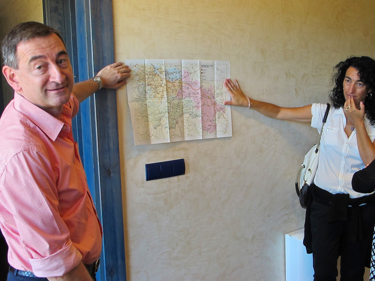 Luis Valentin and Carmen Enciso founded VALENCISO with the harvest 1998.  Here Luis and  Cristina our guide show us a map of the Rioja area.