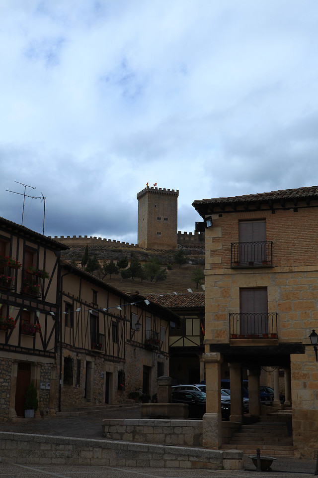 Above the town, you can see the Castle of Penaranda sitting above the village.