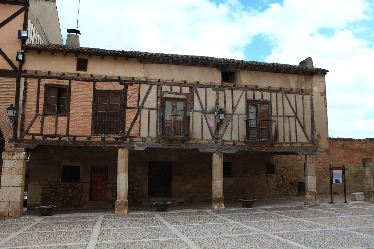 The Palace Square of the Dukes of Penaranda is at the center of the village.