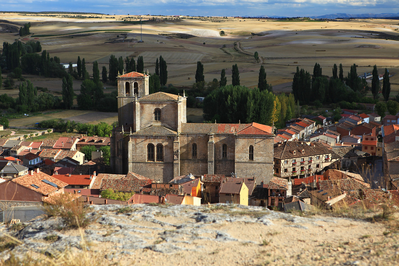 In the center of the town, is the Collegiate Church of Santa Ana that was built in 1540.
