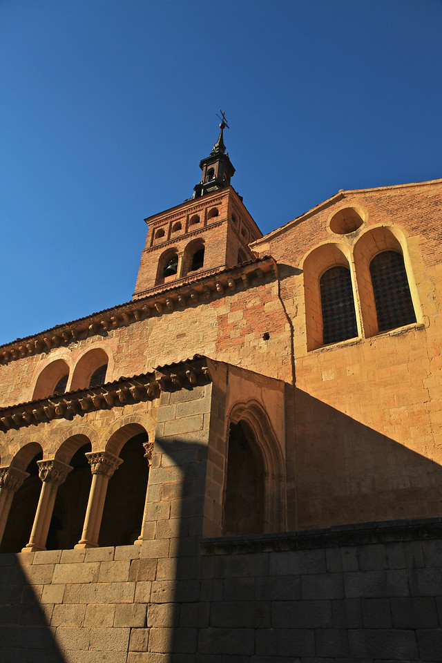 The magnificent temple is an actual sample of Castilian Romanesque art from the 12th century.