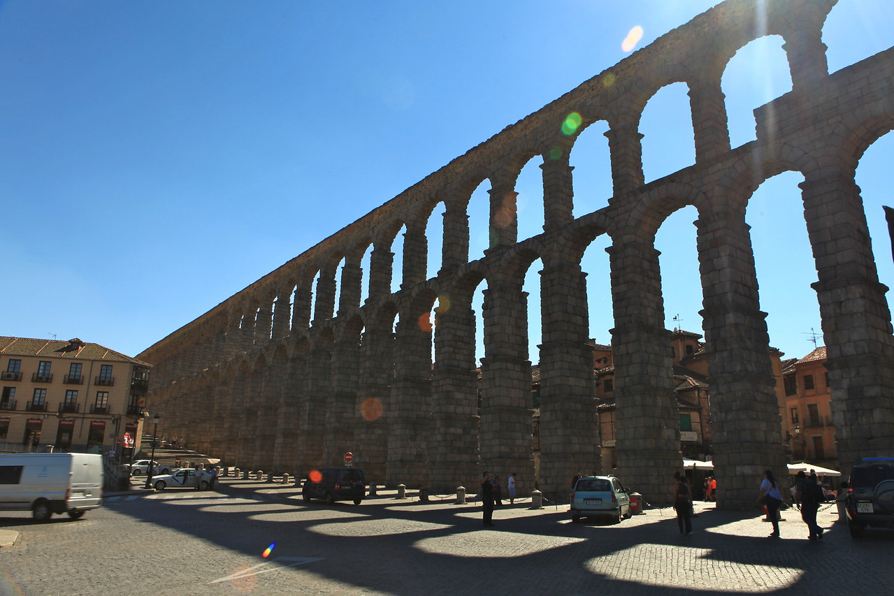 The Aquaduct of Segovia is its best known historical monument, clearly visible from the outskirts of the city.