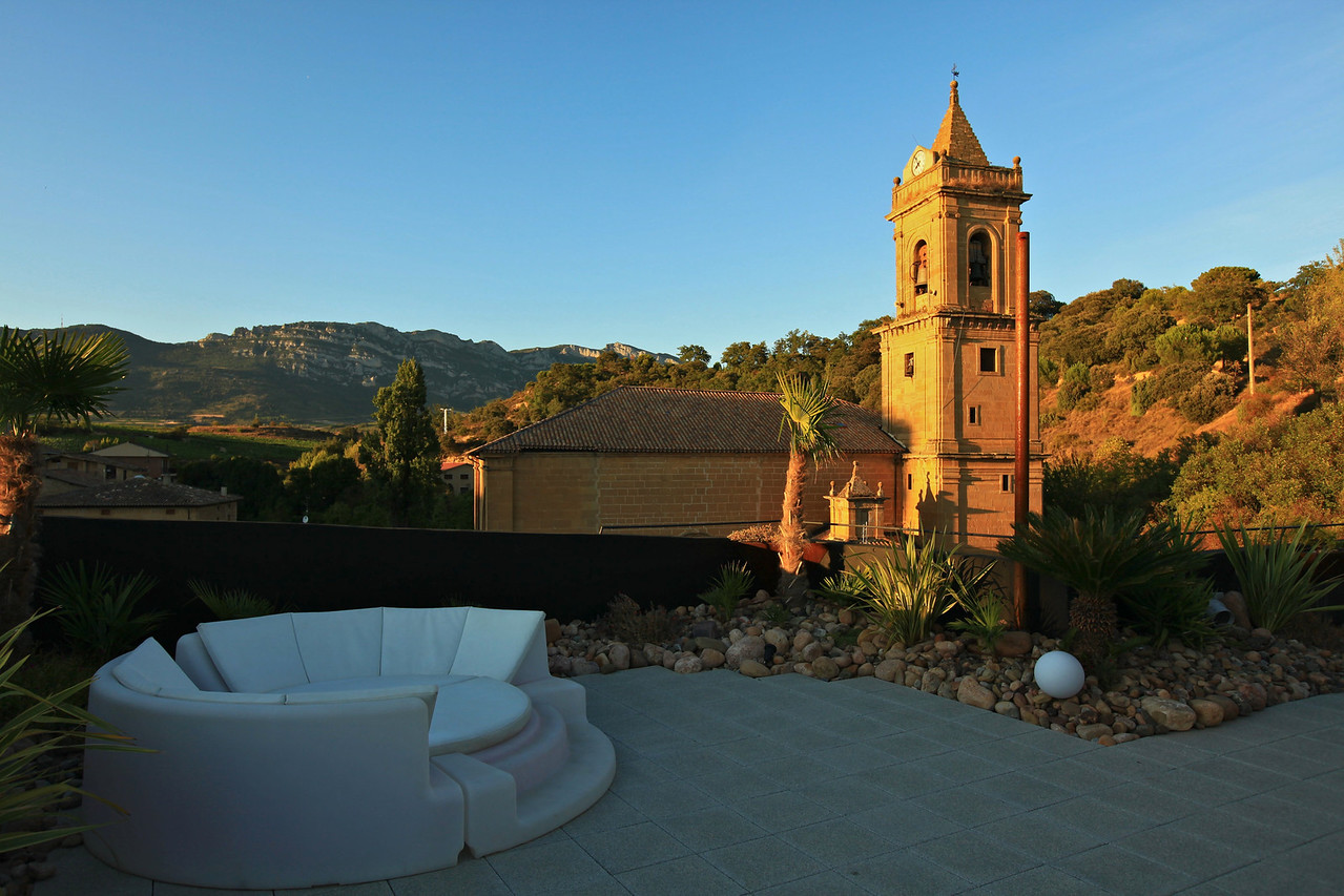 The rooftop of the hotel offers 360 degree views of the town as well as the Santa Cantabria mountains in the distance.