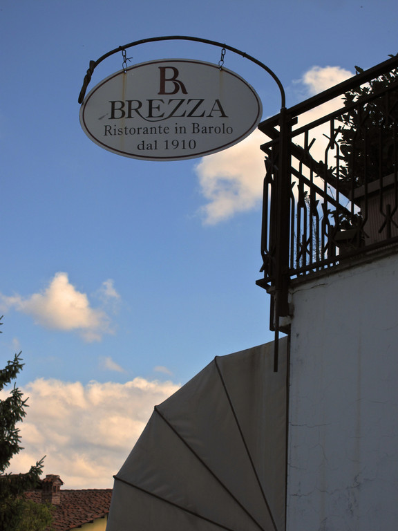 For lunch we ate at Brezza, which is located on the outskirts of Barolo.