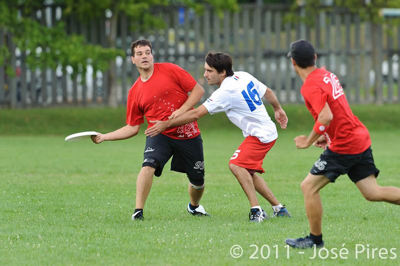 EUC2011, Maribor Slovenia.<br /> France vs Switzerland. Master Division.<br /> PhotoID : 2011-07-31-0716