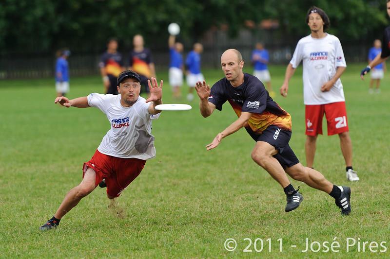 EUC2011, Maribor Slovenia.<br /> France vs Germany. 3rd Place. Master Division<br /> PhotoId :2011-08-04-0516