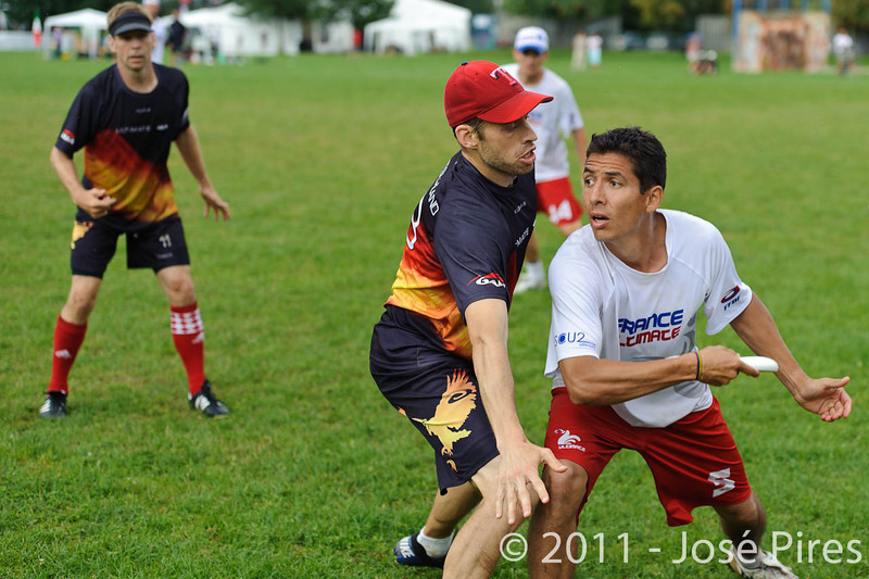 EUC2011, Maribor Slovenia.<br /> France vs Germany. 3rd Place. Master Division<br /> PhotoId :2011-08-04-0616