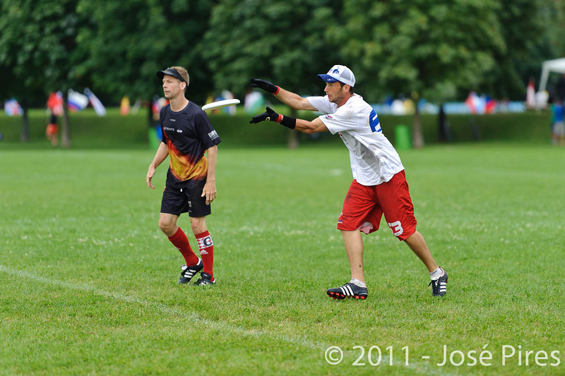 EUC2011, Maribor Slovenia.<br /> France vs Germany. 3rd Place. Master Division<br /> PhotoId :2011-08-04-0491