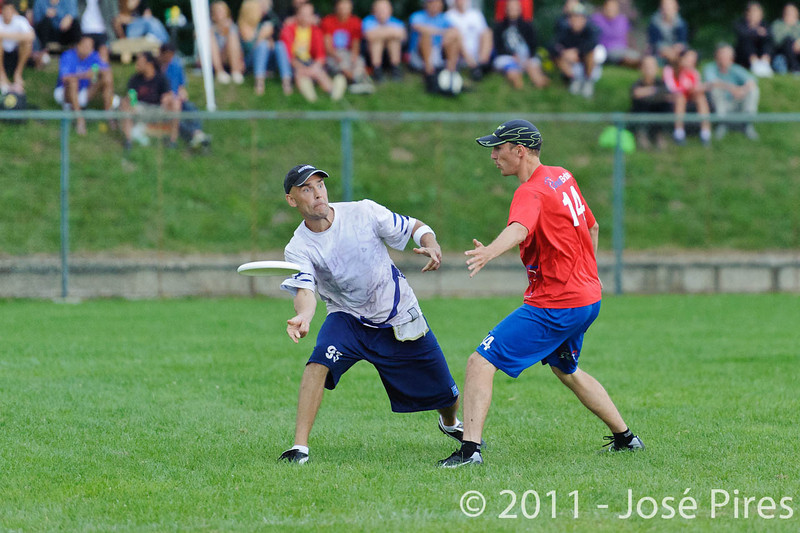 EUC2011, Maribor Slovenia.<br /> Great Britain vs Finland. Final. Master Division<br /> PhotoId :2011-08-04-0902