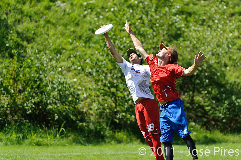 EUC2011, Maribor Slovenia.<br /> France vs Great Britain. Master Division.<br /> PhotoID : 2011-08-02-0700
