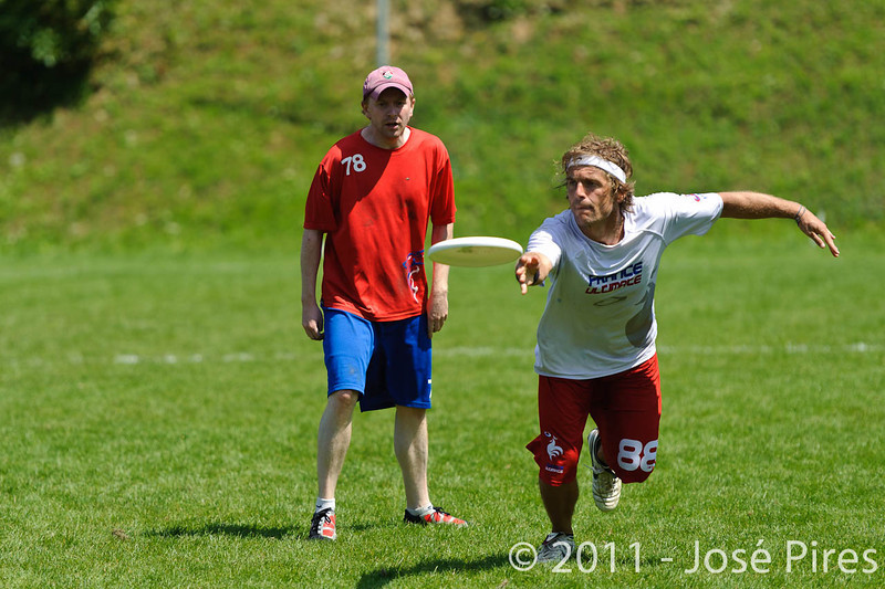 EUC2011, Maribor Slovenia.<br /> France vs Great Britain. Master Division.<br /> PhotoID : 2011-08-02-0560