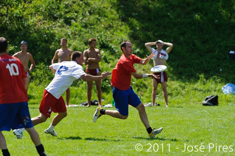 EUC2011, Maribor Slovenia.<br /> France vs Great Britain. Master Division.<br /> PhotoID : 2011-08-02-0790