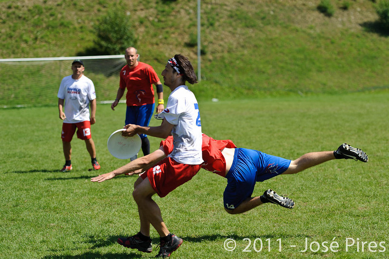EUC2011, Maribor Slovenia.<br /> France vs Great Britain. Master Division.<br /> PhotoID : 2011-08-02-0737