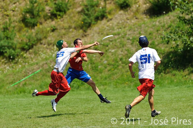 EUC2011, Maribor Slovenia.<br /> France vs Great Britain. Master Division.<br /> PhotoID : 2011-08-02-0588