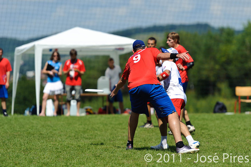 EUC2011, Maribor Slovenia.<br /> France vs Great Britain. Master Division.<br /> PhotoID : 2011-08-02-0567
