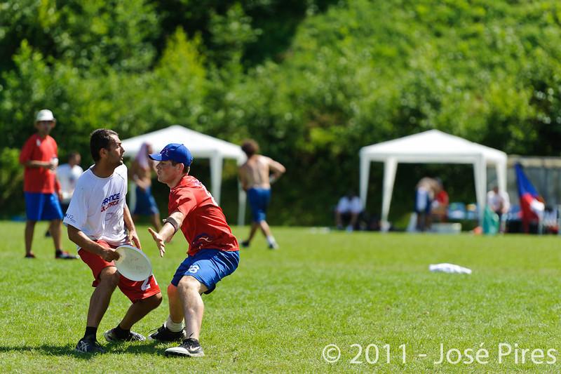 EUC2011, Maribor Slovenia.<br /> France vs Great Britain. Master Division.<br /> PhotoID : 2011-08-02-0821