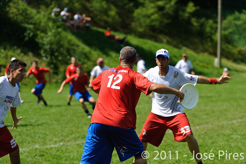 EUC2011, Maribor Slovenia.<br /> France vs Great Britain. Master Division.<br /> PhotoID : 2011-08-02-0643