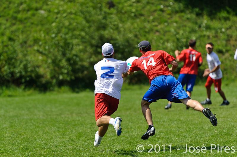 EUC2011, Maribor Slovenia.<br /> France vs Great Britain. Master Division.<br /> PhotoID : 2011-08-02-0540