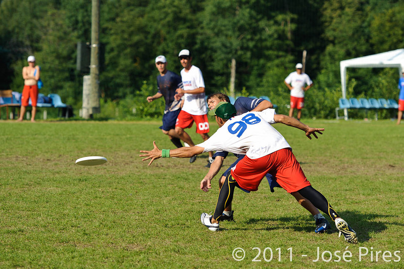 EUC2011, Maribor Slovenia.<br /> Finland vs France. Semi-Final. Master Division<br /> PhotoId :2011-08-03-1157