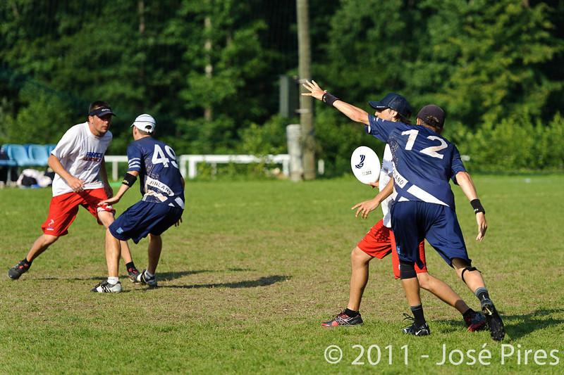 EUC2011, Maribor Slovenia.<br /> Finland vs France. Semi-Final. Master Division<br /> PhotoId :2011-08-03-1128